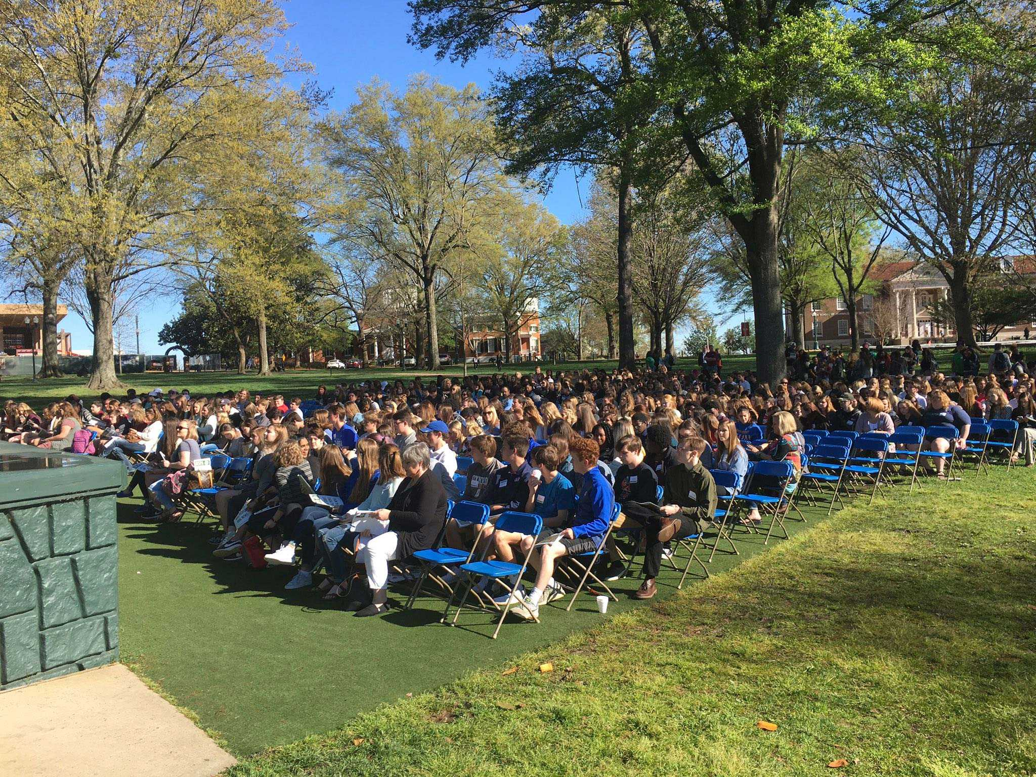 Over 600 high school journalists gather in the Grove to kick off the 2017 MSPA Convention.